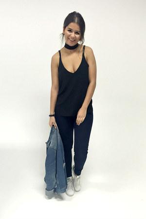 black 70s thin scarf asoscom scarf - navy skinny jeans Levis jeans