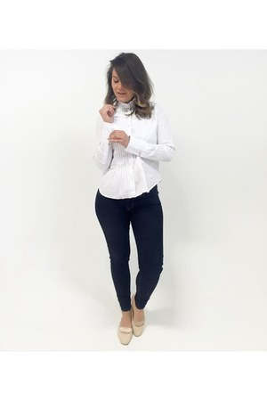 white high collar Ralph Lauren blouse - navy skinny jeans Levis jeans
