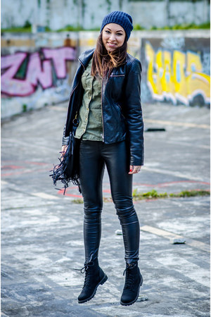 black boots - navy hat - black leather jacket - black leather leggings