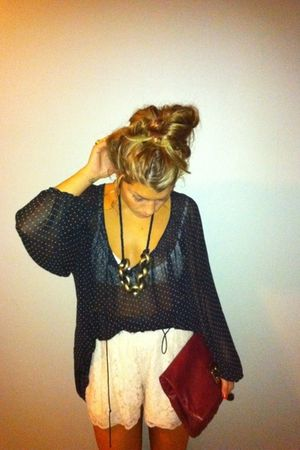 H&M shorts - H&M blouse - Marc by Marc Jacobs bag - h&m necklace vintage ring ac