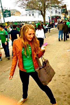 tawny vera pele jacket - green Gap shirt - gray Marc by Marc Jacobs bag