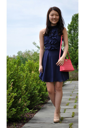 salmon kate spade bag - navy BCBGeneration dress - beige Clarks pumps