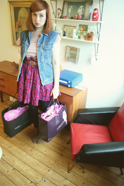 purple Monki skirt - brown shoes - pink Monki t-shirt - blue vintage vest