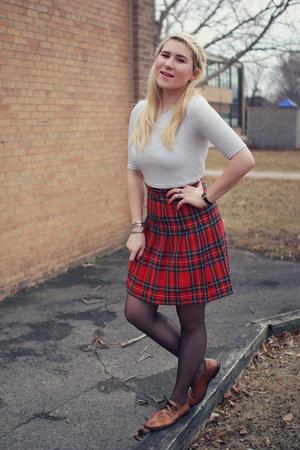 ruby red plaid skirt vintage skirt - black silks tights