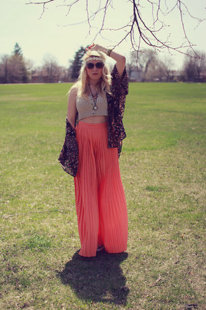 carrot orange pleated Urban Outfitters pants - beige ribbed Silence & Noise top