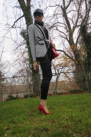 three dots sweater - red pumps Steve Madden shoes - J Brand jeans