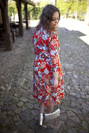 red H&M dress - silver Parfois bag