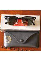 black ray-ban sunglasses