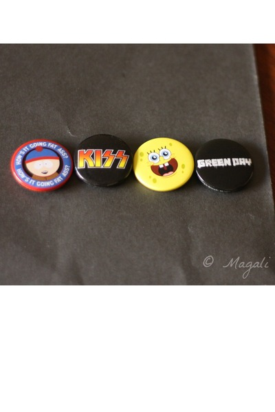 south park accessories - kiss accessories - spongebob accessories - green day ac