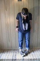 Express t-shirt - Gap jeans - Converse shoes - wantsky necklace - bracelet