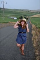 blue steve maddne boots - thrifted dress - mexico hat - ann taylor belt