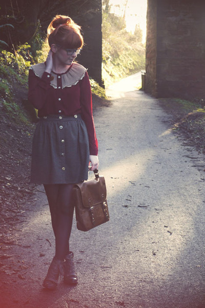 brick red romwe blouse - tawny Topshop bag - brown River Island skirt