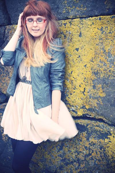 eggshell romwe dress - gray Cocomenthe jacket - black Topshop belt