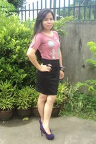 black skirt - pink top - deep purple pumps