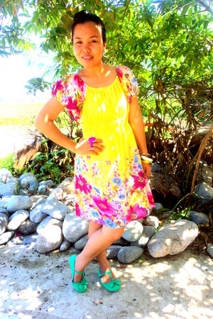 yellow floral dress - green bow flats