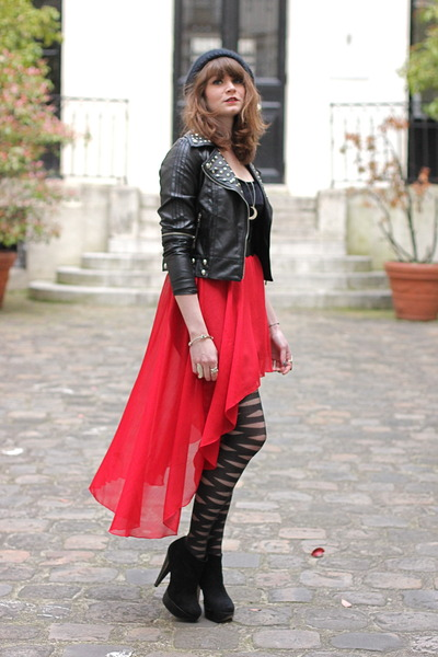 ruby red Romwecom skirt