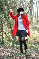 ruby red Sheinside coat - black Danity skirt