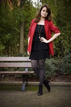 red vintage blazer - black vintage dress - black no brand shoes