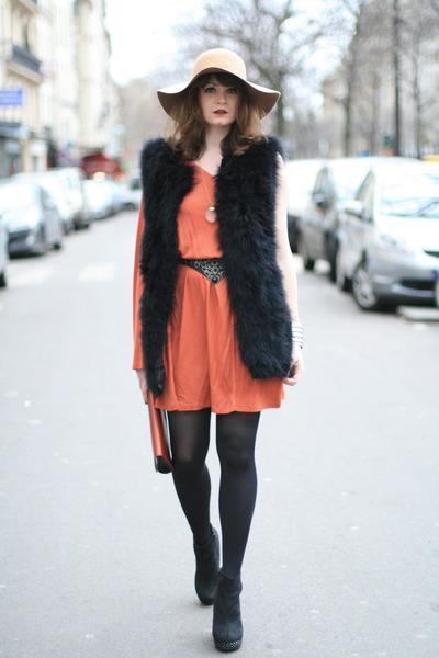 carrot orange H&M dress