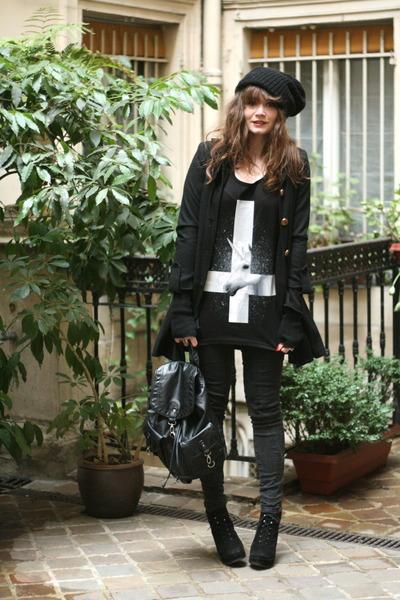black bagpack new look bag - white unicorn top Kill Star vest