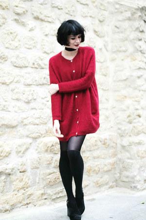 red Derhy cardigan - black Rosegal top