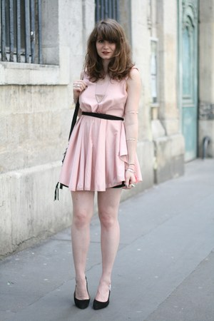 light pink romwe dress - black milanoo bag