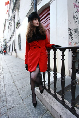 ruby red PERSUNMALL coat - black PERSUNMALL skirt