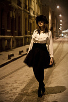 black vintage skirt - white vintage shirt - black no-brand shoes