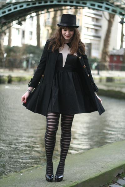 black Choies dress - black manie heels