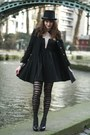 Black-choies-dress-black-manie-heels