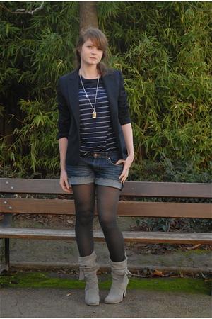 blue H&M shorts - gray Zara shoes - blue vintage blazer - blue vintage top