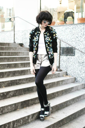 black Derhy jacket - silver GAMISS shorts