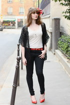 ruby red Noe heels - black Rene Derhy cardigan