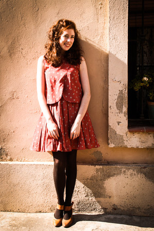 maroon susisweetdress dress - tawny garque shoes