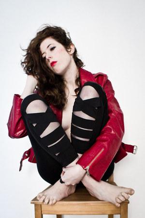 black OASAP leggings - ruby red kent jacket