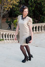 Neutral-sandro-dress-black-oysho-tights-black-chie-mihara-shoes-black-bers
