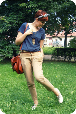 burnt orange H&M bag - beige Zara pants - navy H&M t-shirt