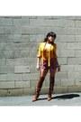 Tawny-leopard-print-urbanogcom-boots-maroon-f21-shorts-mustard-thrifted-blou