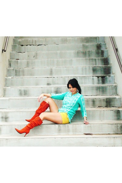 burnt orange Bamboo boots - turquoise blue thrifted vintage sweater - yellow f21