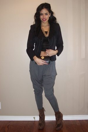 black vintage blazer - black bebe see through tank top top - gray Silence&Noise