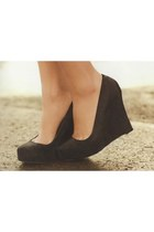 suede ann taylor wedges