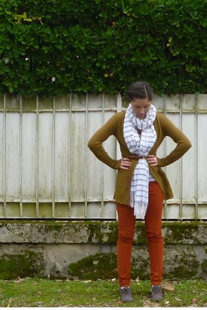 army green J Crew sweater - burnt orange Zara pants