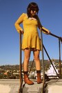 Gold-vintage-dress-brown-thrifted-vintage-boots