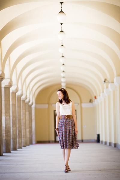 Koton skirt - pull&bear wedges - Koton top - Accesorize hair accessory