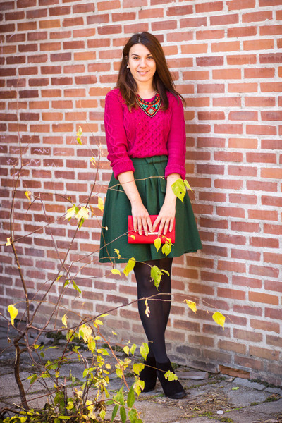 H&M sweater - Mango boots - Musette purse - Koton skirt - pull&bear necklace