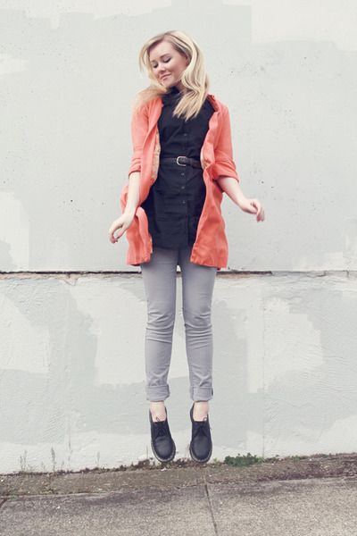 black doc martens shoes - salmon vintage jacket - black H&M blouse - heather gra