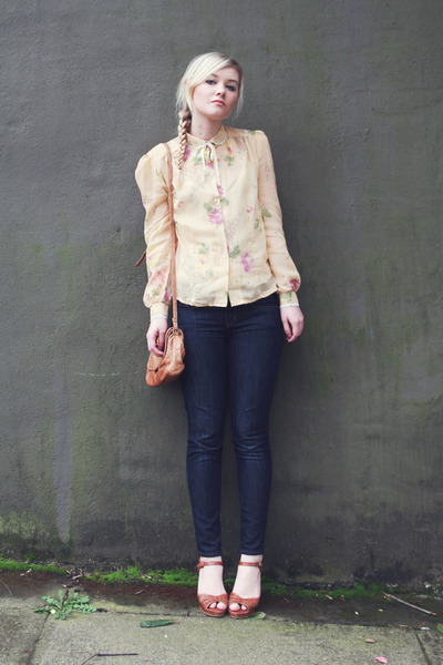 light yellow vintage blouse - J Crew jeans - tawny vintage heels