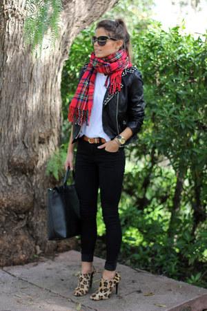 Zara boots - Zara t-shirt