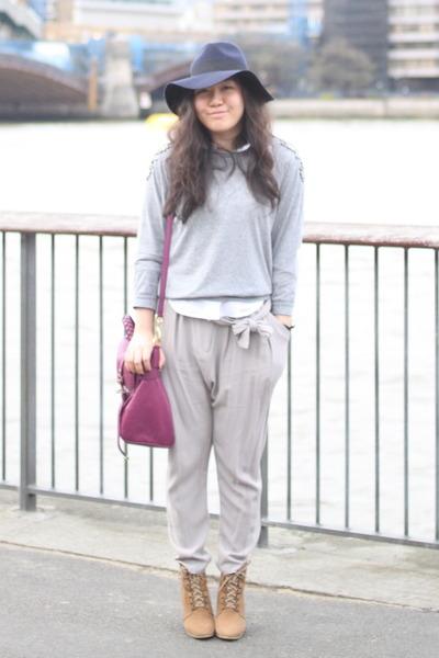 0de3c6d78f0d1 camel ankle wedge Zara boots - navy fedora asos hat - heather gray H M  sweater -