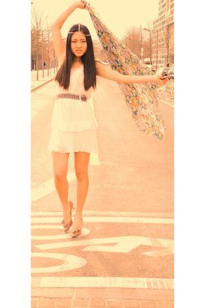 Trussardi belt - Mary McFadden dress - stuart weitzman shoes - handmade scarf